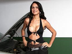 Sabrina doherty Pretty tranny Sabrina's car broke down.