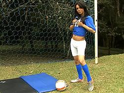 Isabelli potter masturbating. Hot soccer tranny Isabelli stroking off on the field