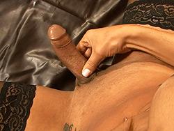 Walkiry lewinsky masturbating Beautiful tranny Walkiry Lewinsky playing with her juicy cock.